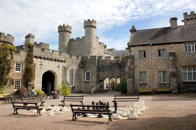 Bodelwyddan Castle Wedding  Maurice Roberts Photography